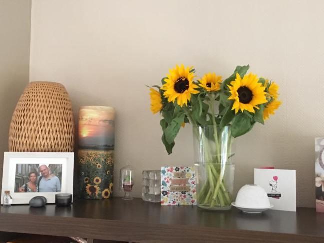 Zonnebloemen met Pasen